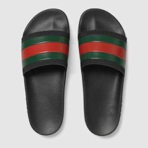 Unisex Authentic Rubber Gucci Slides